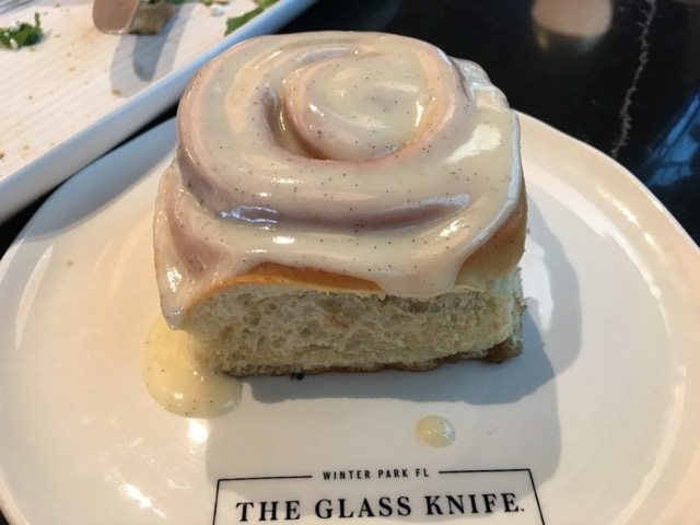 Glass Knife bun