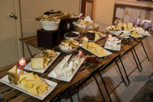 eem cheese table