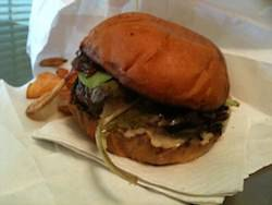 Crooked_spoon_burger