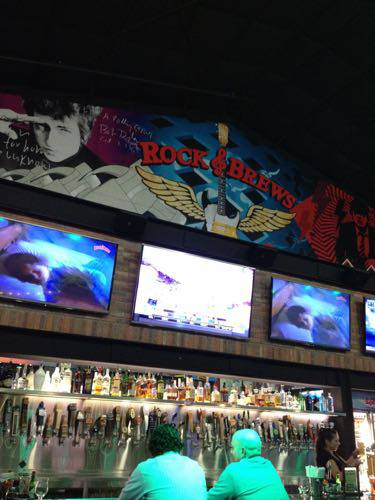 Rock Brews interior